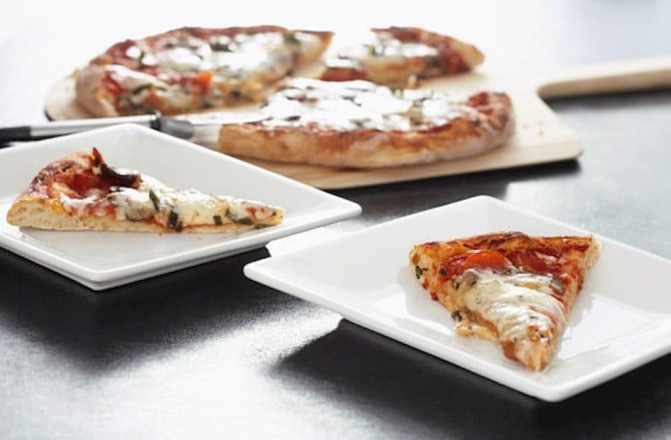 Schöne italienische Pizza